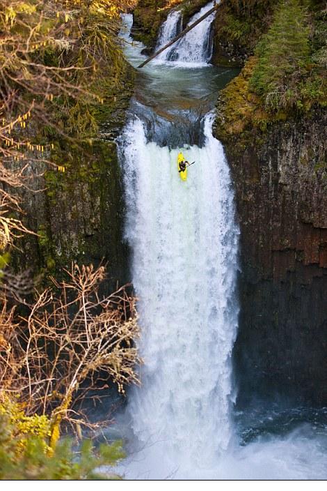 Jesse Coombs: incroyable chute de 30m