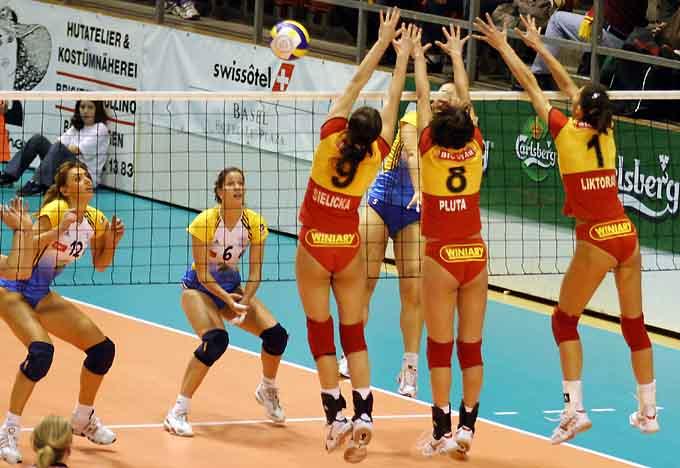 Publicité : Volleyball girls pour la bonne cause