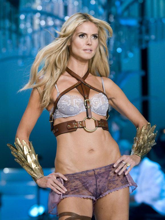 Heidi des victoria's secret angel