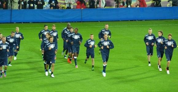 EURO 2012 : L'Italie à Cracovie (Vidéo entraînement)