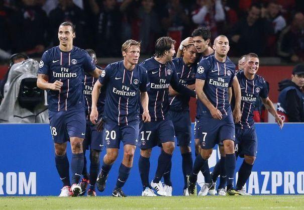 equipe-du-psg-defenseur-thiago-silva-dynamo-kiev-ligue-des-champions-septembre-2012-paris