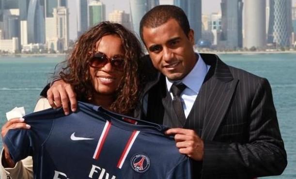 lucas moura, sa compagne et le maillot du PSG