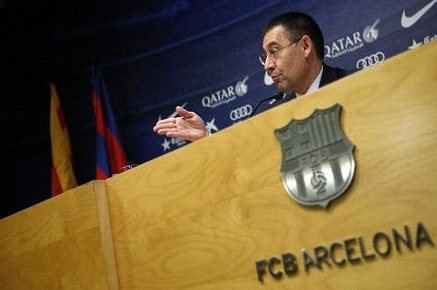 FC Barcelone interdit de recrutement