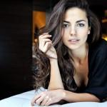 Laura Barriales décolleté