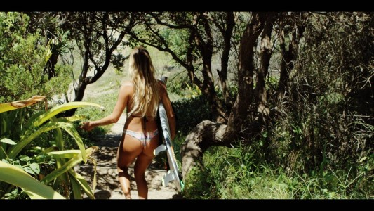 Alana-blanchard-surf-professionel-sexy-manequin-vive-le-sport