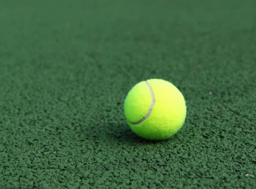 progresser vite au tennis
